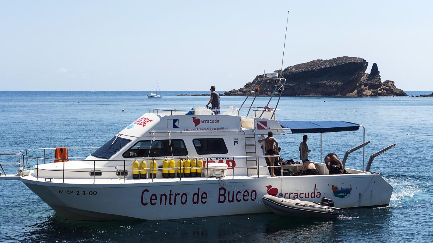 embarcacin_centro_de_buceo_barracuda_alcocebre