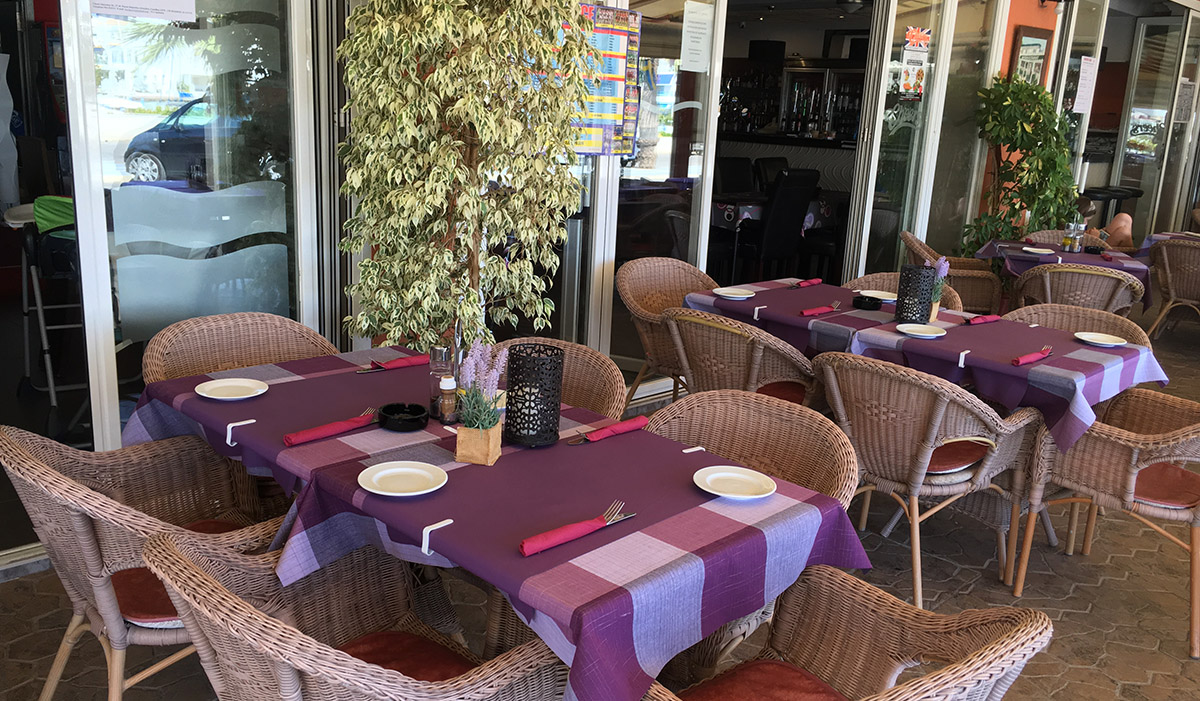 restaurant_terrace_cheers_alcossebre_las_fuentes